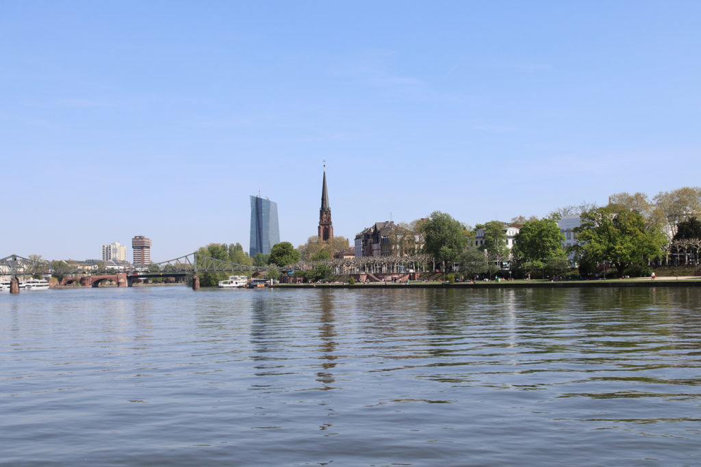 WTF-Ivi-Frankfurt-Lifestyle-Blog-©-Ivana-Krzelj-Mainufer-05