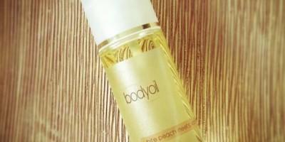 """Body Oil """"white peach meets vanilla"""" mit natürlichen Ölen"""